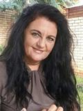 Lizelle Bates