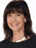 Lynette Nason