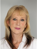 Lynn Douglas