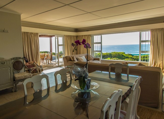 Four-bedroom home located in Beachy Head for R18m with magnificent views of the sea and mountaintops