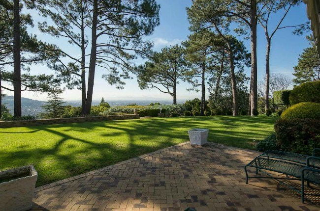 Gentleman's estate in Bishopscourt, R88 500 000