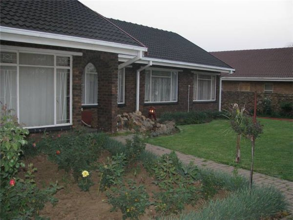 3 bedroom house in Bronkhorstspruit photo number 0