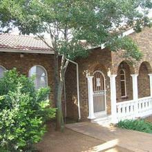 3 bedroom house for sale in Glenvista | J27327
