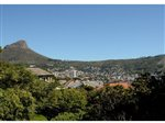 220 m² land available in Vredehoek photo number 3