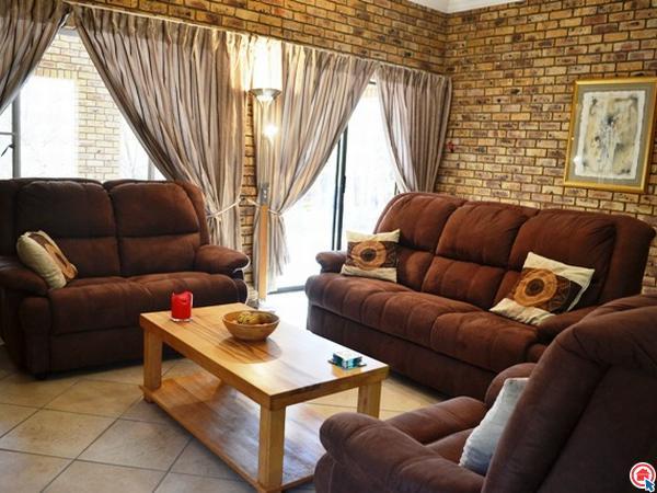 3 Bedroom House in Leeupoort photo number 1