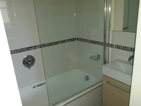 2 Bedroom Apartment in Walmer photo number 1