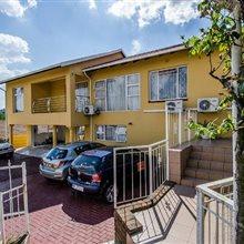 3 bedroom house for sale in Glenvista   T287199