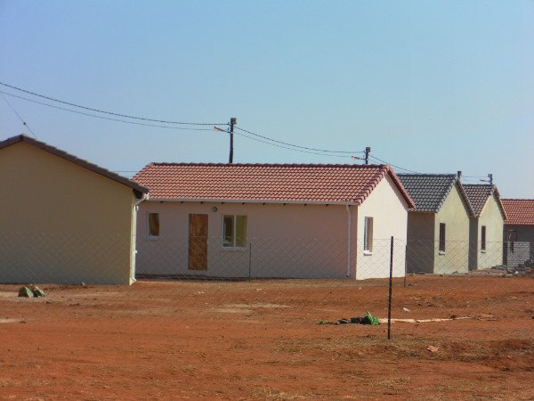2 Bedroom House in Protea Glen photo number 11
