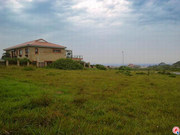 1197 m² Land available in Kidds Beach photo number 1