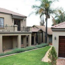 6 Bedroom House for sale in Glenvista | T673025