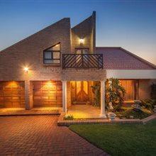 3 bedroom house for sale in Glen Erasmia | T367879