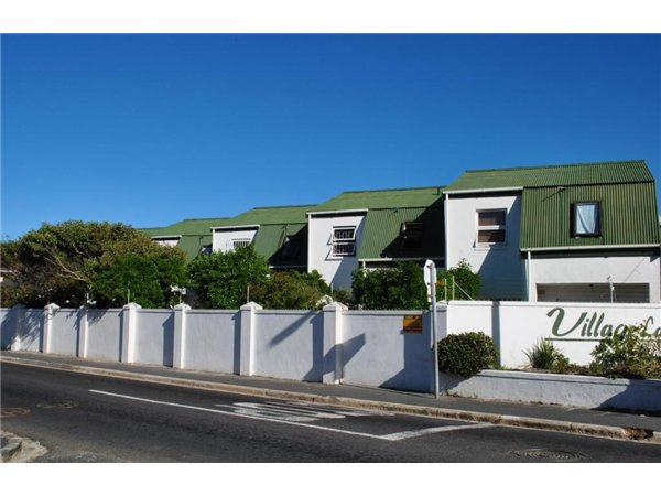 3 bedroom house in Muizenberg photo number 0