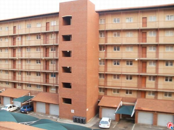 2 bedroom apartment in Silverton photo number 0