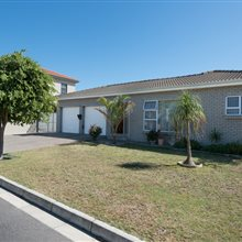 6 bedroom house for sale in Brackenfell Central | T272911