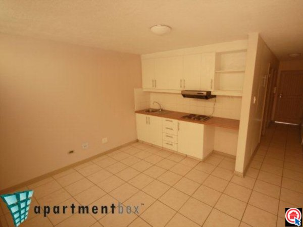 2 Bedroom Apartment in Durban CBD photo number 1