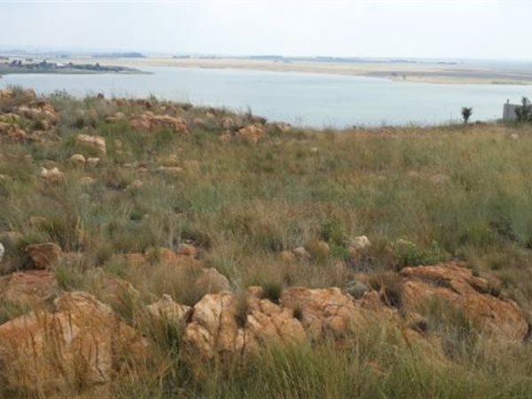 1500 m² Land available in Kungwini Country Estate photo number 1