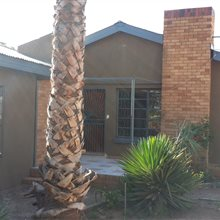 Property in Green Kalahari