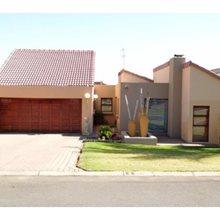 3 bedroom house for sale in Glen Erasmia | T370614
