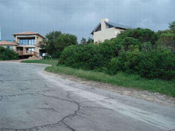 950 m² land available in Blue Horizon Bay photo number 0