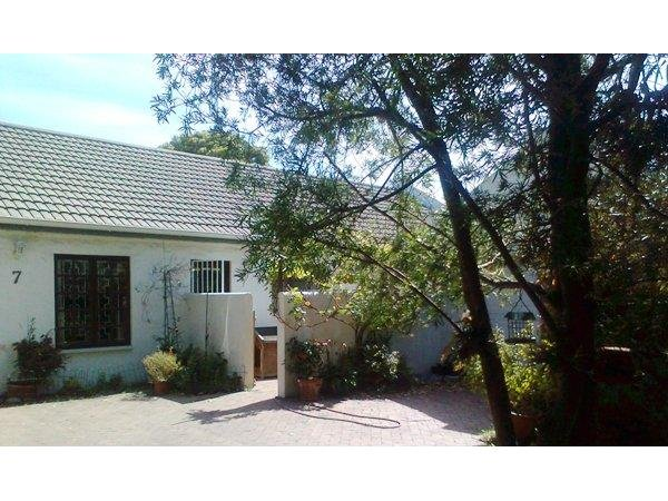 3 bedroom house in Rondebosch photo number 0