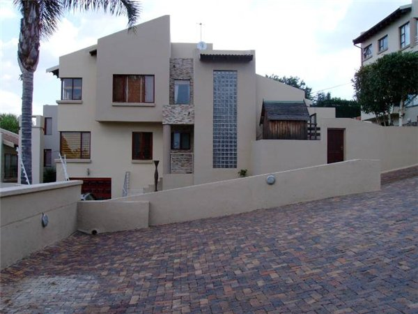 3 bedroom townhouse in Morninghill photo number 0