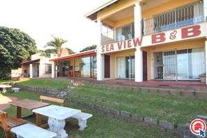 7 bedroom house in Umtentweni photo number 0