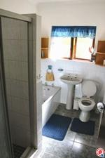 7 bedroom house in Umtentweni photo number 7