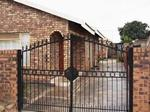 2 bedroom house in Mamelodi West photo number 0