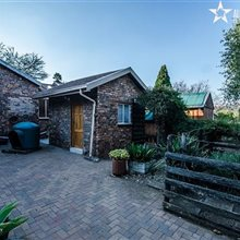 3 Bedroom House for sale in Glenvista | T815678