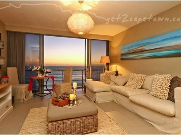 2 Bedroom Apartment in Bloubergstrand photo number 1
