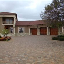 4 Bedroom House for sale in Polokwane Central | J44938