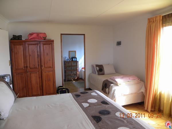 2 bedroom house in Fouriesburg photo number 0