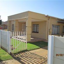 3 bedroom house for sale in Fochville | T164468