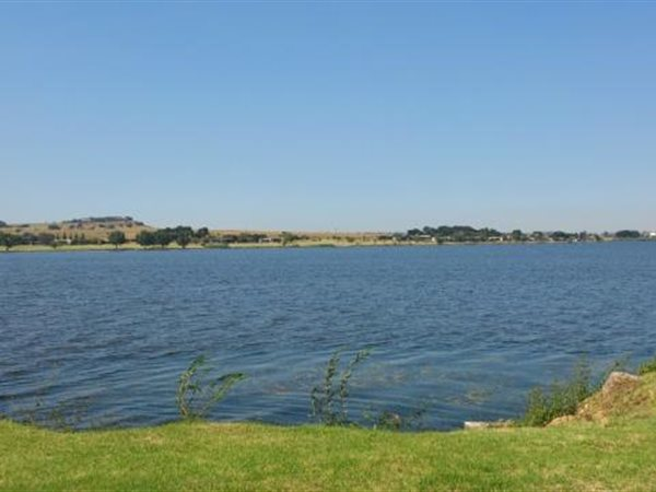 938 m² Land available in Kungwini Country Estate photo number 0