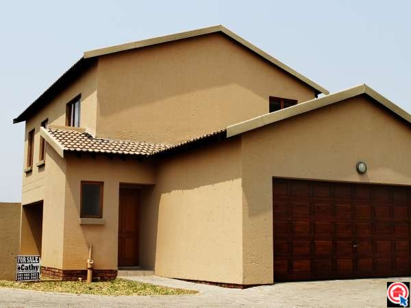 3 bedroom house in Country View photo number 0