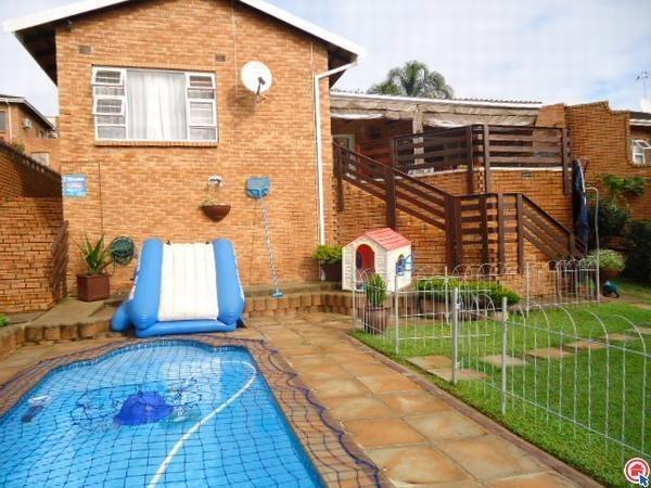 3 Bedroom duplex in Amanzimtoti