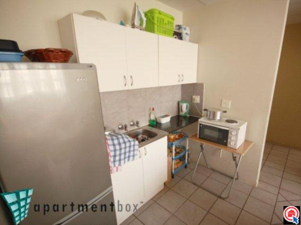 2 Bedroom Apartment in Durban CBD photo number 1