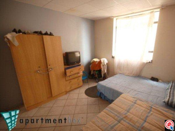 2 Bedroom Apartment in Durban CBD photo number 5