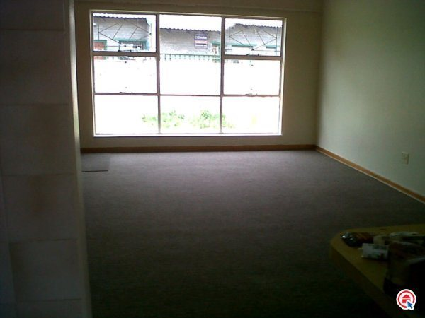 3 Bedroom Simplex in Pellissier photo number 1
