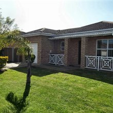 2 bedroom house for sale in Protea Heights | T107933
