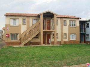 2 bedroom apartment in Protea Glen photo number 0