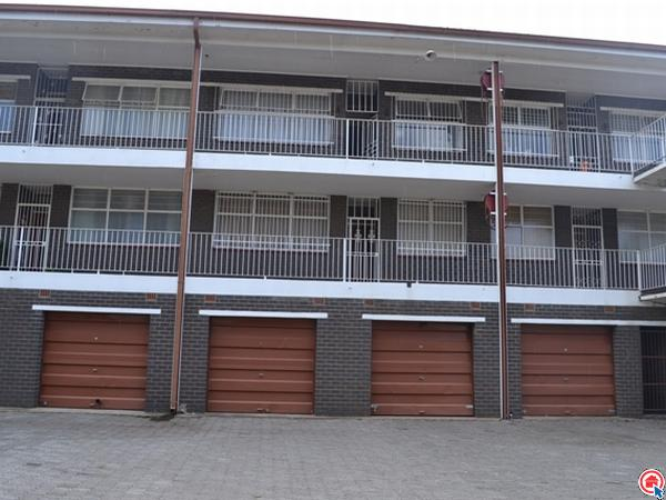 2 bedroom apartment in Vereeniging Central photo number 0