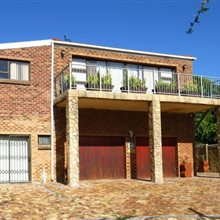 3 bedroom house for sale in Vredekloof Heights | T148427