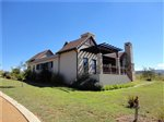 3 bedroom house in Dullstroom photo number 5
