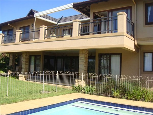 7 bedroom house in Sheffield Beach photo number 0
