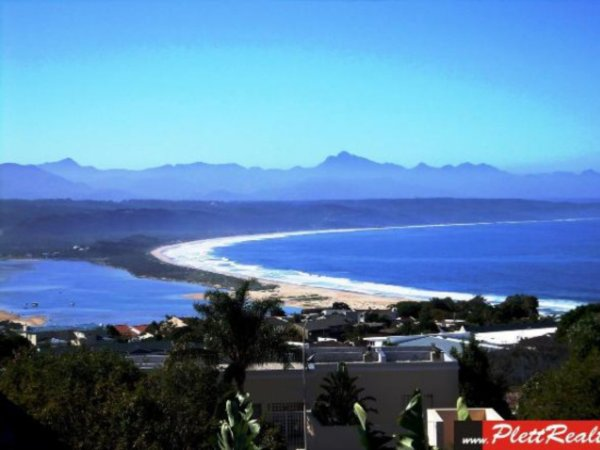3 bedroom house in Plettenberg Bay Central photo number 0