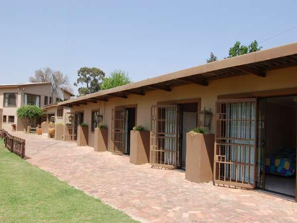 6 Bedroom House in Vaal Dam photo number 1