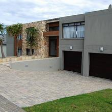 4 bedroom house for sale in Herolds Bay | H4540