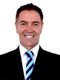 Dennis Hamer (C)