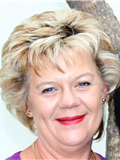 Anneke Esterhuizen